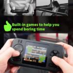 GAMES POWER BAN Power bank con consolle per video giochi 415 già inclusi, power bank da 8000 mah. Prodotto distribuito da masitalia